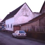 Natursteinmauerwerk Beispiel vorher